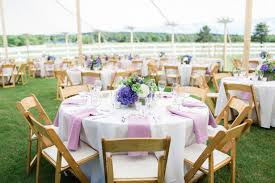 Wedding Table Set Up Love In A Ranch Wedding Belle The Magazine