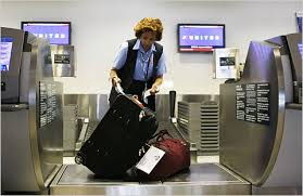 united airlines how many bags united airlines to expand baggage service neechy
