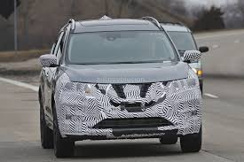 nissan rogue new model 2017 nissan rogue spied with cosmetic updates autoevolution
