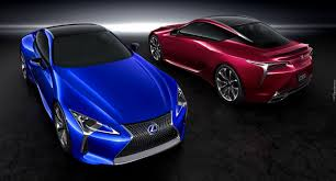 lexus nx muzyka z reklamy czerwony i niebieski lexus lc 500 podczas prezentacji