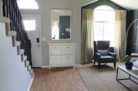 ideas of stairs leading to the upstairs living room kitchen aprar