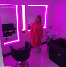 Mucklow Hill Interiors Andy Carroll And Fiancee Billy Mucklow Mocked Over Photos Of New