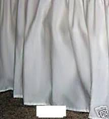 Bed Skirt With Split Corners 25