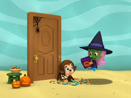 Dltk Halloween Crafts by The Bubble Guppies Having A Fun Halloween Party Happy Halloween