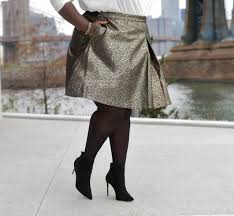 6 tips on what to wear to an office holiday party stylish curves