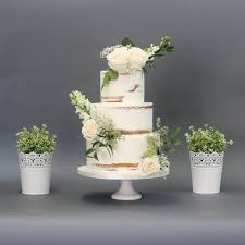 wedding cake greenery wedding cakes patisserie tillemont