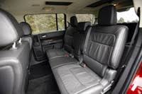 how many seats does a 2013 ford flex autoblog