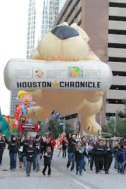5 thanksgiving parades you can t miss tourist meets traveler