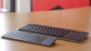 wohnzimmer tastatur couchsurfer zwei funk tastaturen mit touchpad im vergleich t3n