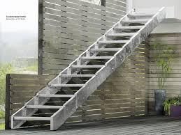 treppe bauen treppen wand gestalten galerie treppe bauen anleitung gartentreppe