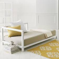 daybed design crazy for the design essential daybed a design classic now with a