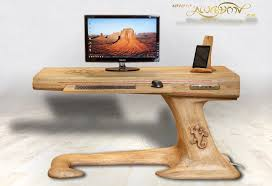 Computer Desk Wood Lizard Desk Diy Computer Desk That Ll Catch Your Eye Damngeeky