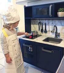 cuisine pour enfant ikea diy déco customisation de la cuisine pour enfants ikea sous les