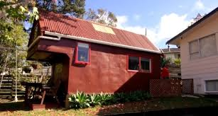 Tiny Home Rental Woman Uses Tiny Home In Her Backyard As Vacation Rental