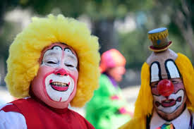 clown sightings 2016 ahead of halloween clowns convention in
