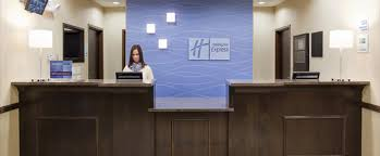 Salary For Hotel Front Desk Agent Holiday Inn Express Suites Richfield Utah Hotel Luxurious Hotel