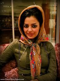 iranian women s hair styles the beauty under the hijab iran s women travel photo report