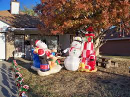 Blow Up Christmas Lawn Decorations by Best Christmas Blow Up Decorations U2022 News To Review