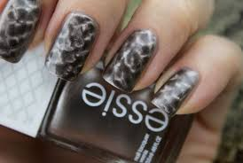 essie repstyle magnetic polish lil boa peep review swatches
