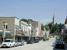 small towns near chicago that you need to visit
