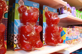 where to buy candy candy store with world s largest gummy opens in rockville