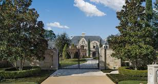 2 impressive texas mansions to go up for auction houston chronicle