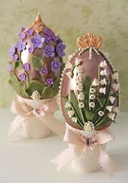 Decorating Easter Eggs With Oil by Huevos De Pascua De Chocolate Decorated Chocolate Easter Egg