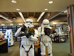 Barnes Noble Long Beach 501st Stormtrooper First Troop Star Wars Reads Day Ii Barnes