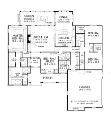 traditional style house plan 4 beds 3 baths 2314 sq ft plan 929