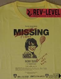it 2017 movie missing u0027richie tozier u0027 poster t shirt