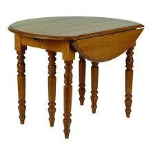 table de cuisine ronde table de cuisine ronde en bois avec rallonges cercy
