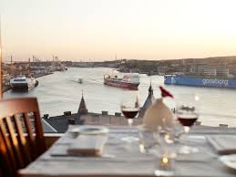 waterfront dining in gothenburg