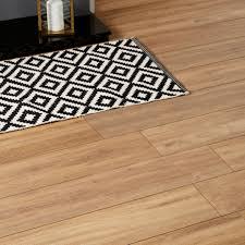 Quick Step Elevae Laminate Flooring Devonport Natural Oak Effect Laminate Flooring 1 996 M Pack