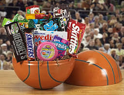 candy basket delivery candy baskets candy gift baskets