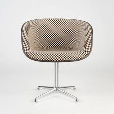 Original Charles Eames Chair Design Ideas 134 Best Chairs Images On Pinterest Eames Armchairs And Herman