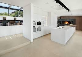 weiss kche mit kochinsel kche modern mit kochinsel home design