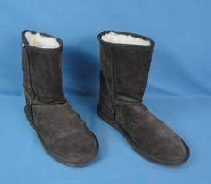 emu boots size 9 womens nike speed 4 amp michigan wolverines size 9 5 shoes 844102