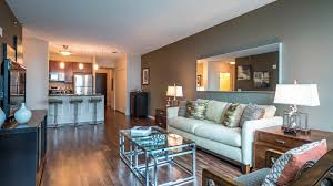 chicago one bedroom apartment checking out a one bedroom apartment in streeterville yochicago