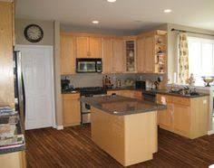 kitchen paint ideas with maple cabinets kitchen paint colors with maple cabinets 104 kitchen paint colors