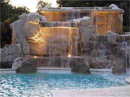 what is a water feature for a swimming pool