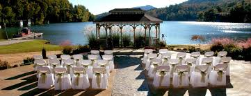 lake wedding 10 most beautiful places for weddings and honeymoons holidappy