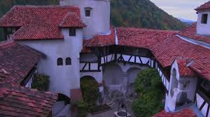 bran castle count dracula u0027s castle is the lastest creepy offering