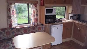 cuisine caravane caravane 2 pers location cing 3 étoiles acy en multien oise
