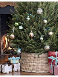 How To Trim A Real Christmas Tree - 49 best christmas images on pinterest christmas ideas