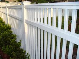 custom design hybrid picket fence by new england woodworks