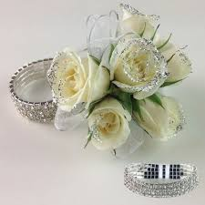 Corsage For Homecoming Chicago Florist For Prom Flowers Chicago Florist For Homecoming