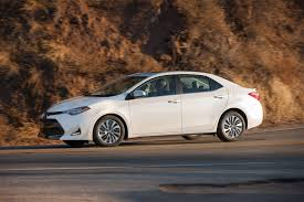 toyota co car compare 2017 honda civic vs 2017 toyota corolla motor trend