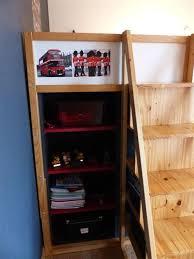 bibliothèque bureau intégré amazing meuble bibliotheque bureau integre 9 lit kura mezzanine