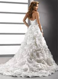 Wedding Dress With Train Luxury Ball Gown Sweetheart Crystals Beading Floral Organza