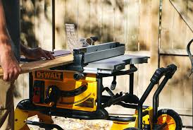 dewalt table saw review review dewalt dwe7491rs 10 inch jobsite table saw gear patrol
